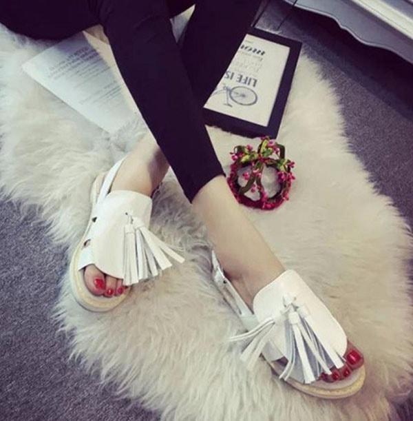 cac-kieu-sandal-hot-nhat-hien-nay-4
