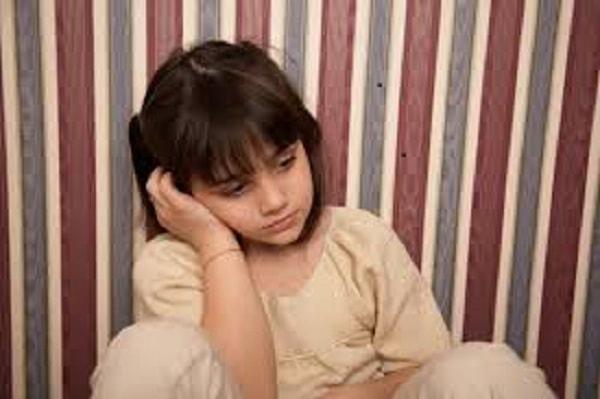 Cha mẹ cần làm gì khi con mình bị trầm cảm ở trẻ em? 2