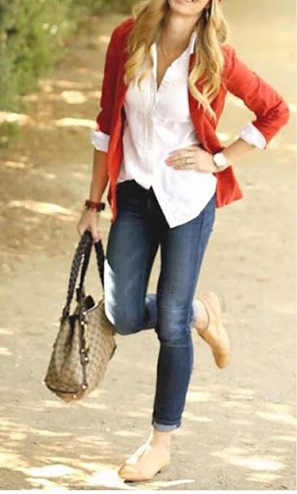 Vẫn là áo sơ mi, áo vest và quần jean nhưng sử dụng một đôi giầy oxford thật sự khiến bạn trẻ trung, năng động hơn