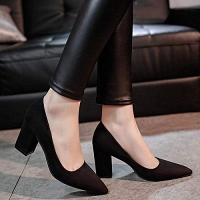 Giày kết hợp khi đi dự hội nghị