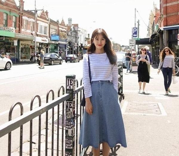 Chân váy jean midi nhẹ nhàng nền nã
